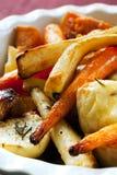 зажаренные в духовке овощи Стоковые Изображения