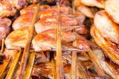Зажаренные крыла цыпленка (тайский стиль) Стоковая Фотография