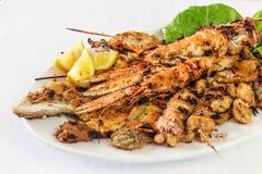 Зажаренные морепродукты, смешанная рыба фрая Стоковые Фото