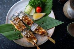 Зажаренные протыкальником рыбы saba с соусом teriyaki Стоковые Изображения