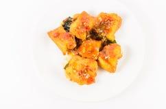 Зажаренные рыбы с chili и сладостным соусом Стоковые Фото