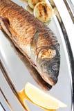 зажаренные рыбы тарелки Стоковые Изображения