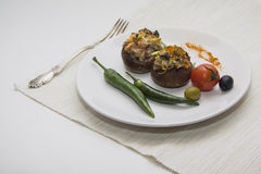 Зажаренные champignons с chili Стоковое Фото