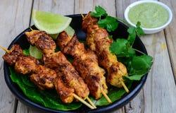 Зажаренные kebabs цыпленка Стоковая Фотография
