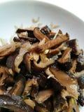 Зажаренные Stir грибы shitake стоковое изображение rf
