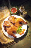 Зажаренный в духовке весь цыпленок Стоковые Изображения RF