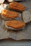 зажаренный в духовке красный цвет перца hummus Стоковая Фотография