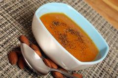 Зажаренный в духовке суп сквош Butternut Стоковые Изображения