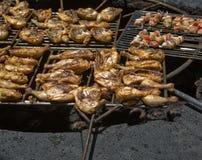 зажаренный в духовке цыпленок Стоковое Фото