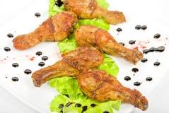 Зажаренный в духовке drumstick цыпленк цыпленка Стоковая Фотография