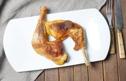 2 зажаренный в духовке drumstick цыпленк цыпленка Стоковое Фото