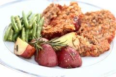 зажаренный в духовке красный цвет картошек Стоковое Фото