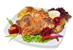 Зажаренный в духовке цыпленк цыпленок с овощами Стоковая Фотография RF