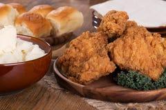 зажаренный обед цыпленка Стоковые Изображения