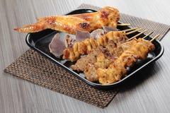 Зажаренный протыкальник говядины, свинины, цыпленка или овощей Стоковое Изображение