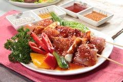 Зажаренный протыкальник говядины, свинины, цыпленка или овощей Стоковая Фотография RF