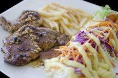 Зажаренный салат стейка и овоща Стоковое Изображение RF