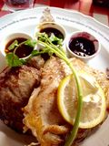 Зажаренный свинина с соусом и рисом яичка и белых Стоковое Изображение RF