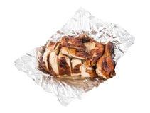 Зажаренный цыпленок в фольге стоковые фотографии rf