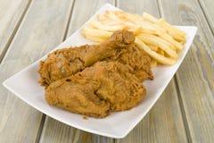 Зажаренный цыпленок & обломоки стоковая фотография rf