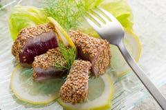 зажженная туна сезама семени Стоковые Изображения