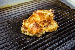 зажженное мясо Сочный стейк от говядины - мягкого focuse Стоковое Фото