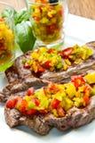 Зажженное мясо стейка Стоковые Фотографии RF