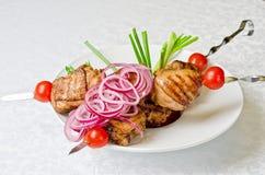 Зажженное мясо kebab Стоковые Изображения RF