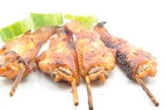Зажженные крыла цыпленка на белой тарелке Стоковая Фотография RF