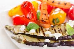 зажженные овощи плиты еда здоровая Стоковое фото RF