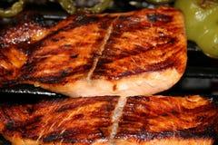 зажженные salmon стейки Стоковое фото RF