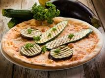 зажженные zucchinis пиццы Стоковое Изображение RF