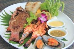 Зажженный диск морепродуктов Стоковая Фотография