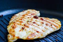 зажженный цыпленок груди Стоковые Изображения