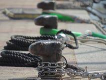 Зажимы на пристани в Сардинии, Италии #2 стоковое фото