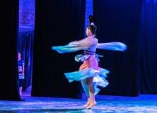 Зажиточная династия тяни 1 - китайское классическое шоу Танц-градации отдела танца стоковые фото