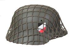 Закамуфлированный период Второй Мировой Войны шлема немецкой армии изолированный на белой предпосылке Стоковые Фотографии RF