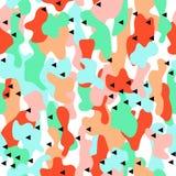 Закамуфлируйте безшовную картину в голубых, зеленых и оранжевых цветах с треугольниками Стоковая Фотография