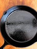 Закалённый лоток фрая литого железа Стоковое Изображение RF