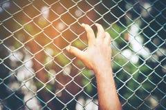 Заключите задержание в турьму насилия стоковая фотография rf