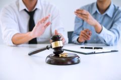 Заключите контракт декрет растворения развода или отмены marr стоковое изображение