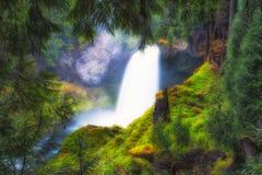 Заколдовывая водопады Sahalie в Орегоне стоковое фото
