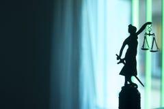 Законная статуя юридической фирмы стоковая фотография