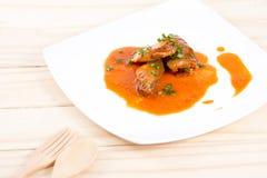 Законсервированные рыбы в томатном соусе стоковые изображения