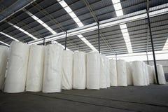 Законченная бумага в бумажной фабрике Стоковые Фото