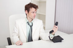 законченное переговора трудное имеет телефон человека Стоковые Фотографии RF