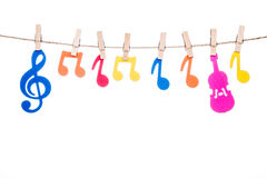 Закрепите на шпагате, вися красочный символ музыки Стоковое Изображение RF