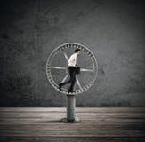 Закрепляя петлей жизнь для бизнесмена Стоковые Изображения RF
