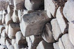 Закройте вверх бетона слипера железной дороги серого стоковые фотографии rf