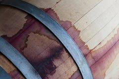 Закройте вверх бочонка древесины красного вина Стоковые Изображения